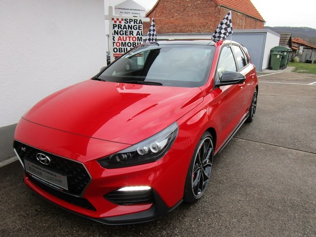 Hyundai i30 N Performance: Neuwagen EU 275 PS, Engine Red, 30.800,- €